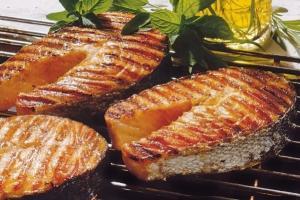 Рыба на гриле: готовим вкусно