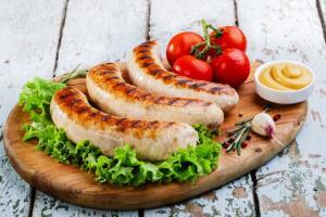Колбаски на гриле: осенняя еда