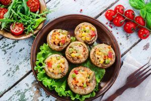 3 вкусных рецепта грибов на газовом гриле